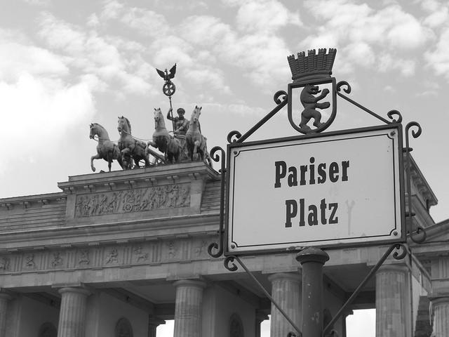 Becas ESMT para MBA - Estudiar en Alemania. Foto: Berlin, Pariser Platz by Juan Cabanillas