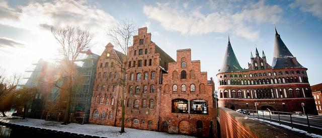 Invierno en la ciudad de Lübeck en el norte de Alemania