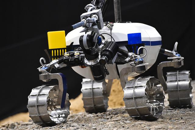 LRU-Rover del centro de robótica y mecatrónica  de la agencia aeroespacial alemana