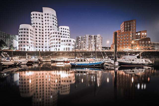 La ciudad de Dusseldorf en Alemania